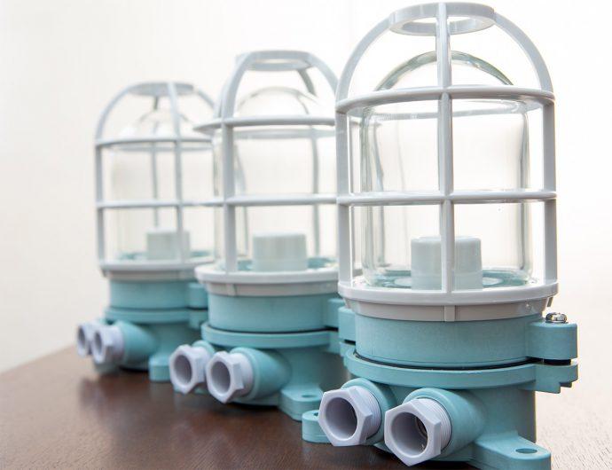 船用樹脂製作業灯